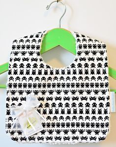 Space Invaders bib