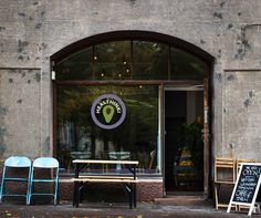 Healthinki is a café and a movement built around healthy thinking.