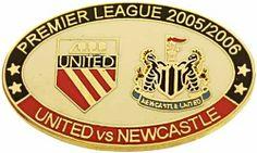 United v Newcastle Premier Match Oval Metal Badge 2005-2006 BW
