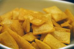 Really easy homemade Fritos corn chips. fried and baked method :) sample. Frito Chips Recipe, Fritos Corn Chips, Homemade Fritos Recipe, Homemade Chips, Real Food Recipes, Snack Recipes, Cooking Recipes, Yummy Food, Fast Recipes