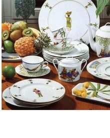 Nice for a beach place! Beach Place, Dinner Ware, Fine China, Hawaiian, Table Settings, Tropical, Wedding Ideas, Island, Dishes