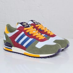 online store 2540d e586a adidas ZX 700 - 109305 - Sneakersnstuff   sneakers   streetwear på nätet  sen 1999