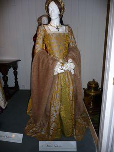 anne boleyn execution gown | Items of dress for Queen Anne Boleyn & the Princess Elizabeth