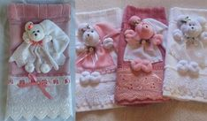 bibs bandana do bebe babadores Rock Crafts, Felt Crafts, Crafts To Sell, Diy And Crafts, Sewing Crafts, Sewing Projects, Projects To Try, Towel Crafts, Baby Kit