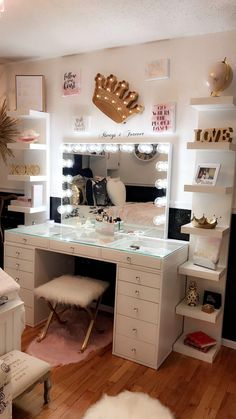 Impressions Vanity Co Hollywood Vanity Mirrors SLAYssentials Girl Bedroom Designs, Room Ideas Bedroom, Bedroom Decor, Cute Room Decor, Teen Room Decor, Wall Decor, Pinterest Room Decor, Makeup Room Decor, Makeup Vanity Decor