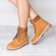 Bocanci tip Timberland dama piele maro imblaniti Timberland Boots, Shoes, Fashion, Moda, Zapatos, Shoes Outlet, Fashion Styles, Fasion, Footwear