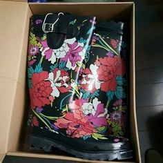 Free People Shoes - new with tags rain boots with faux fur inside