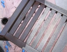 DIY :: Making furniture new again…with stain. (Before & After Outdoor Patio Set)