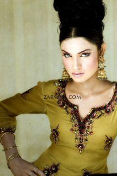 beautiful details, embroidery ~ Pakistan Fashion