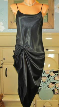 VTG BLACK SLIPPY GLOSSY SATIN LONG FULL SLIP NIGHTIE GOWN SLIPDRESS UK 12 R11540