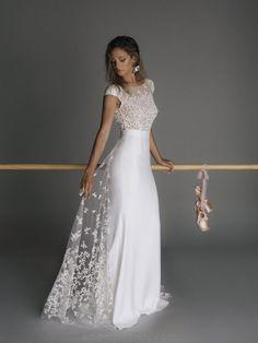 Boho Chic: Rime Arodaky Wedding Dresses – The Mews Bridal Boho Chic: Robes de mariée Rime Arodaky – The Mews Bridal Wedding Dress Trends, Dream Wedding Dresses, Wedding Gowns, Tulle Wedding, Bridal Outfits, Bridal Dresses, Ball Dresses, Cute Dresses, Formal Dresses