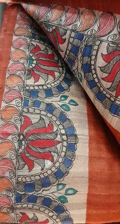 Saree Painting, Kalamkari Painting, Fabric Painting On Clothes, Fabric Art, Madhubani Art, Madhubani Painting, Kalamkari Designs, Hand Painted Sarees, Cold Porcelain Flowers