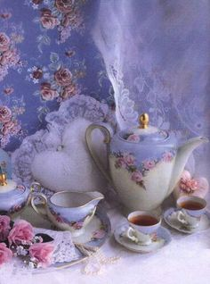Romantic tea time