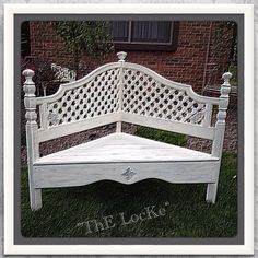 Bench...ThE Sede ReTicolo Foyer Bench, Bench Decor, Young Woman Bedroom, Crib Bench, Country Bench, Cottage Chic, French Cottage, Antique Hutch, White Bench
