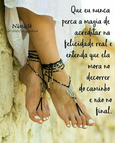 💕💖🙏🏻💞💜💋QUE EU NUNCA PERCA A MAGIA DE ACREDITAR NA FELICIDADE REAL..!!💕😊💕⚘⚘⚘⚘❤⚘⚘⚘⚘Regina C💕💋💞 Peaceful Life, Love The Lord, Thoughts And Feelings, Love Messages, Heavenly Father, Simple Pleasures, Life Lessons, Words, Inspire