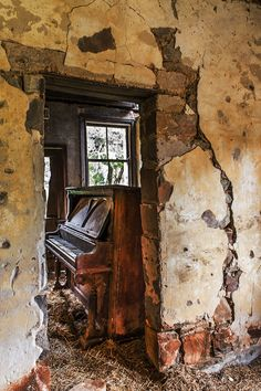 An old piano in an abandonded homestead in rural Australia.