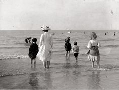 Bains de Mer, 1910