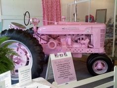 Pink tractor for my wee farm! Pink Tractor, International Tractors, Pink Things, Everything Pink, Country Girls, Wheels, Yard, Sexy, Beautiful