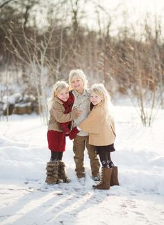 How to take amazing winter photos of your kids photography How to Take Amazing Winter Photos of Your Kids Winter Family Photography, Snow Photography, Children Photography, Levitation Photography, Holiday Photography, Exposure Photography, Abstract Photography, Photography Ideas, Winter Family Pictures