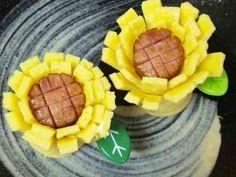 お弁当(キャラ弁)にウインナーと卵でお花の画像