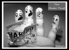 Finger Art: The Master Thief by Cathy86.deviantart.com on @deviantART