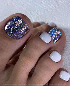 Glitter Toe Nails, Gel Toe Nails, Sparkle Nails, Glam Nails, Pedicure Nails, Toe Nail Art, Diy Nails, Pedicures, Pretty Toe Nails