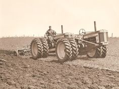 tandem tractor.jpg 250×188 pixels