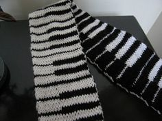 I wrote this pattern after I learned to double-knit, and I saw possibilities on my piano. While this is a relatively simple project, if you are new to double-knitting, you may find it helpful to watch the following video on knittinghelp.com