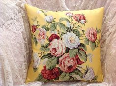 Ralph Lauren PILLOW COVER vintage fabric with cabbage roses and beautiful bright colors.   Lovely bright colors of GOLD/yellow background with cabbage roses in Brick reds, rose, pinks, yellow, white, lavender and pale blue. Foliage has three shades of green Fabric is a Sateen, with a silk feel. It has a slight sheen.  Pillow is unfinished in photos, only pillow front is shown.  The backside will be in a coordinating fabric with an envelope style for easy access of your pillow form. Measu...