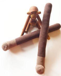 Looool..... armene til min STORE KB abe......   #yarn #yarnaddict #cotton #diy #homemade #handmade #craft #creative #amigurumi #collor #fun #funny #cute #crocheting #crochetaddict #handmadewithlove #haken #hæklerier #knitt #knitting #crochet #instadaily #instacrochet #instafollow #happy #mitkaybojesen #abe #monkey by coldholm