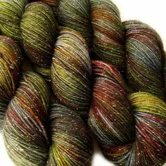 glitter sock yarn LOTHLORIEN Lord of the Rings 70/25/5 sw merino/nylon/stellina 3.5oz / 435 yards