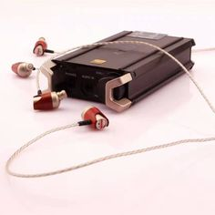 Genuine BOSSHiFi B3S Customized Hifi in Ear Earphone & Headphones DJ Monitor Dynamic and Armature Headset w/ Silver Plated Cable