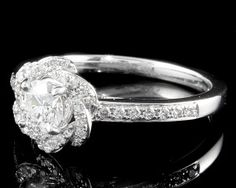 Floral Style Halo Engagement Ring HD030