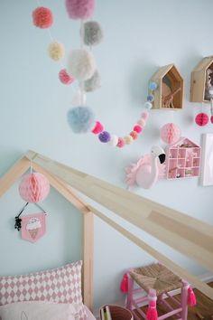 Decoration for pink lovers Modern Bedroom Design, Room Interior Design, Feng Shui Dorm Room, Big Girl Rooms, Furniture Arrangement, Girls Bedroom, Bedroom Mint, Diy For Kids, New Baby Products