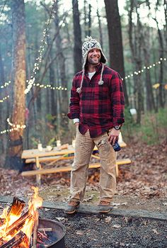 My favorite look of all time on a man - broken in Carharts, long johns topped off with a plaid flannel. A look my hubski wears well.