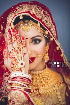 She looks beautiful and I love her henna