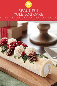 a traditional dessert at your Christmas celebration with this yule log cak. -Serve a traditional dessert at your Christmas celebration with this yule log cak. - Tootie Pie Company Buche de Noel Yule Log Cake, For People Christmas Yule Log, Christmas Sweets, Christmas Cooking, Christmas Parties, Party Food Xmas, White Christmas, Traditional Christmas Desserts, Christmas Foods, Beautiful Christmas