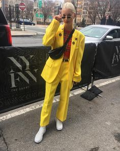 ˗ˏˋ I s a b e l l a ˊˎ˗ Grunge Outfits, Casual Outfits, Instagram Outfits, Instagram Fashion, Goth Outfit, Edgy Style, Mellow Yellow, Courses, Colorful Fashion