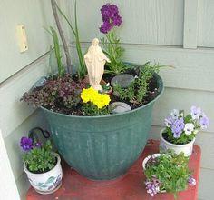 Marian garden in a pot