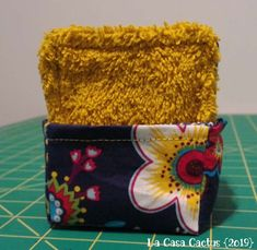 DIY Lingettes lavables et panière - La Casa Cactus Best Picture For Cactus animados For Your Taste You are looking for something, and it is going to tell you exactly what you are looking for, and you Best Waterproof Makeup, Waterproof Makeup Remover, Diy Makeup Remover Wipes, Best Makeup Remover, Coin Couture, Origami, Small Sewing Projects, Sewing Ideas, Fabric Remnants