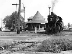 Historic Photo 019A - GTW mixed train westbound at South Lyon