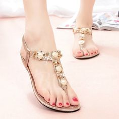 Flat Heel Beading Women's Sandals - m.tbdress.com
