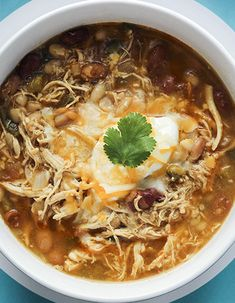 This white chicken chili is NO JOKE! So good!