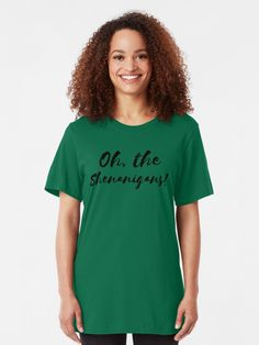 St Pattys Day Irish Themed Clothes Drinking Beer Clothing Gift for Men Women Beauty is in The Eye Green Sweatshirt