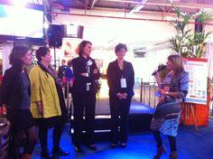 Vlnr: Vera Bot (Hoofdredacteur Management Support Magazine), genomnieerden voor de VA award 2013 Ineke Swart-den Boer, Saskia Idema, Monique van der Schans, Marianne Sturman (oprichter Moneypenny).