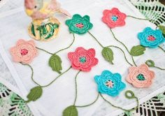 Handmade Flowers and Leaves Crochet Garland Pattern - Wall Decor, Room Decor