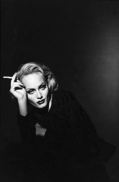 Amber Valletta ph. Peter Lindbergh / Jinxproof