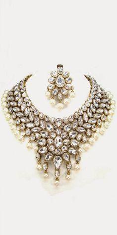 Attractive White Kundan Necklace Set.