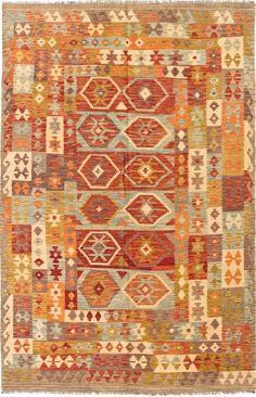 """Alfombra Kilim Herat. Kilim Herat. Kilim anudado a mano con lana autóctona por las tribus """"turkemanas"""" en el norte de Afganistán. Los diseños utilizados son bellas estilizaciones de formas tradicionales como el """"boteh"""", octogonos, rombos engarzados... Kilims, Lana, Rugs, Decor, Kilim Rugs, Norte, Traditional, Shapes, Farmhouse Rugs"""