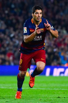 Luis Suarez of FC Barcelona celebrates after scoring his team's third goal during the La Liga match between FC Barcelona and SD Eibar at Camp Nou on October 25, 2015 in Barcelona, Catalonia.